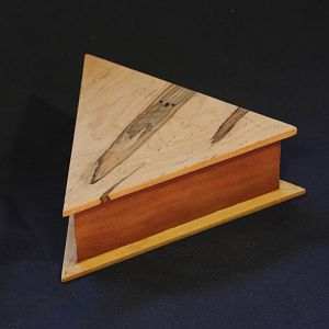 Ambrosia Maple and Cherry - Triangle (Delta) Box