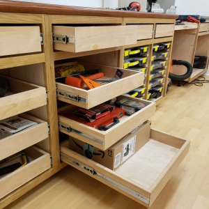 Drawers / trays