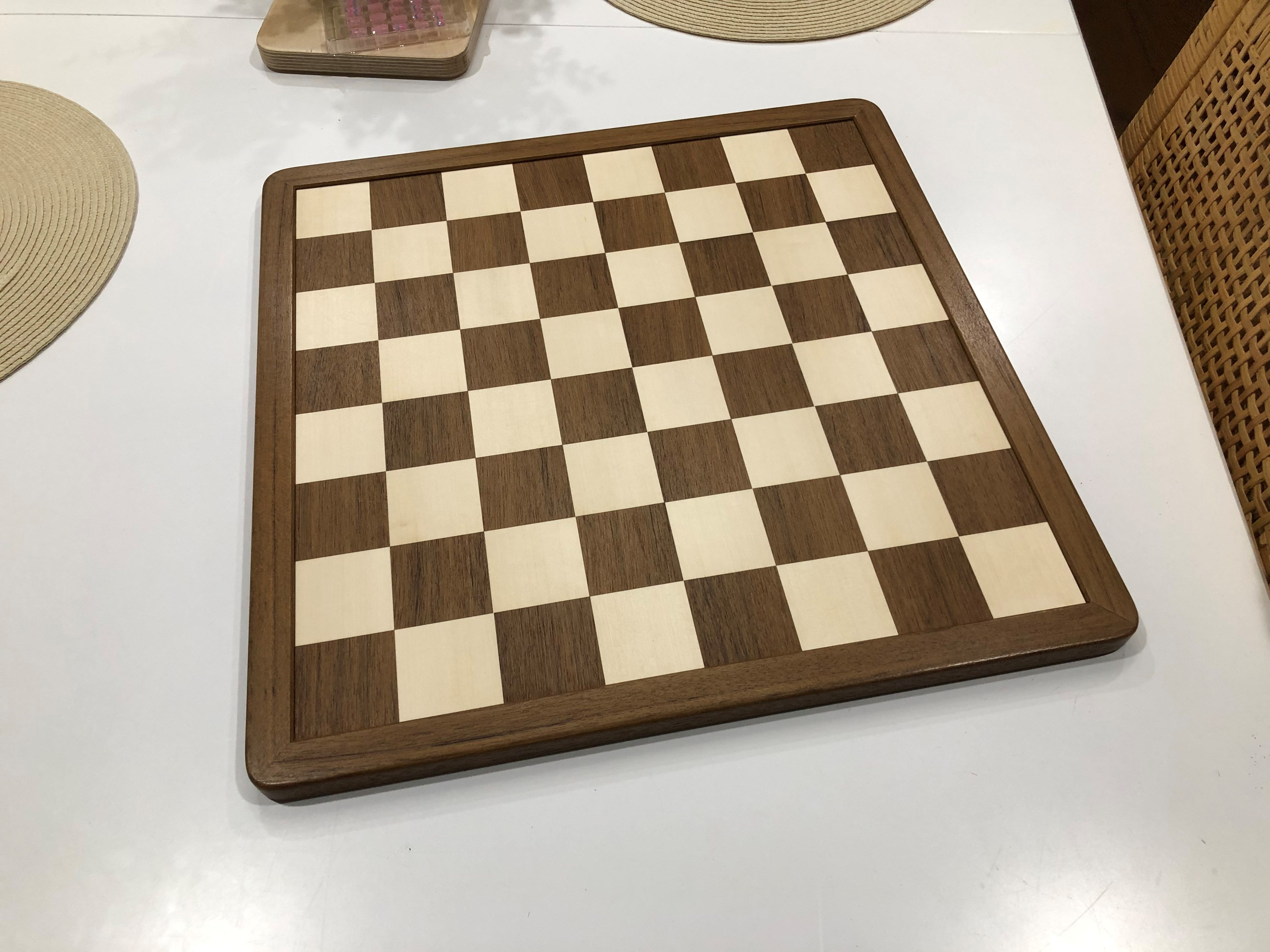 chess board 2.jpg